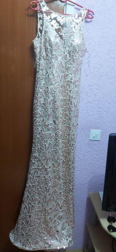 Oprema za butik - Srbija: Haljina je butik 13,upotrebljena 1