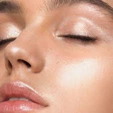 Avon dama - Srbija: Avon Mark Epic lip transformer. Ruževi koji se nose preko normalnog