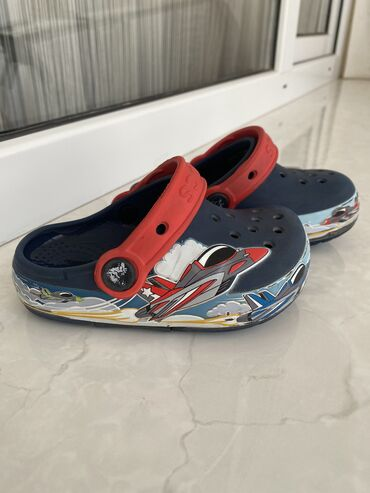 Продаю детские Crocs оригинал в отличном состоянии