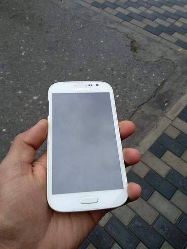 Samsung Bakıda: Samsung Grand neo ekran işləkdir,plata yanıb 20 azn