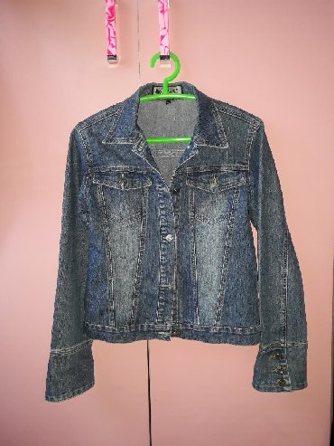 джинсова курточка в Кыргызстан: Джинсовая курточка жакет размер М L. Качество и состояние отличное