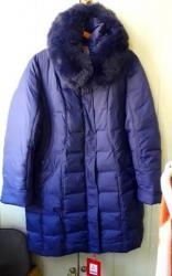 женский пуховик с капюшоном в Кыргызстан: Новый классный пуховик. мех - песец. размер 54 - 56