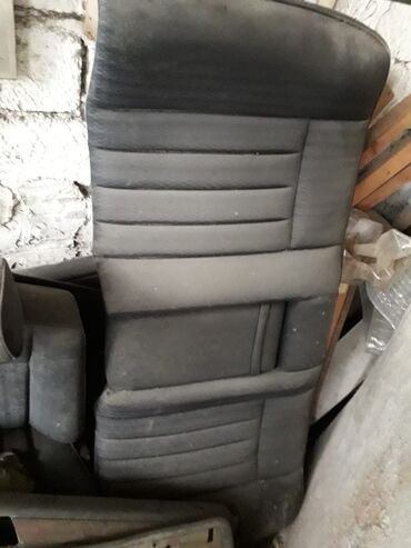 yesqa в Азербайджан: Yesqa 124 kuza sidenileri, stopu