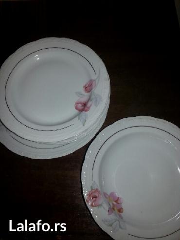 Prodaje se srbis porcelanskih tanjira  6-dubokih6velikih - Crvenka