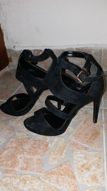 Crne sandale 37 broj, 10 cm stikla jednom nosene nove VASA POSTARINA - Kraljevo