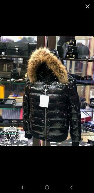 Куртка Moncler original (пуховик) цена 8500 реальному покупателю