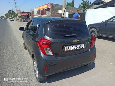 Chevrolet в Кыргызстан: Chevrolet Spark 1 л. 2018 | 32000 км