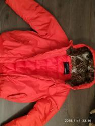 женские бомберы в Азербайджан: Куртка для девочки. Стиль бомбер, красный цвет. Б/у носили аккуратно