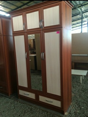 В наличии и на заказ 3-створчетый шкаф в Бишкек
