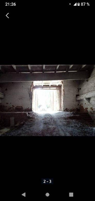 складские помещения в Кыргызстан: Сдаю складское помещения м² 100сом общая площадь 700м2 Бишкек маевка