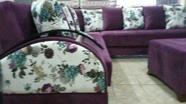 Bakı şəhərində Bellanur kunc divani  qirmizi ve benovseyi rengde  gullu paduskalarla