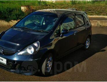 черная honda в Кыргызстан: Honda Fit 1.5 л. 2003