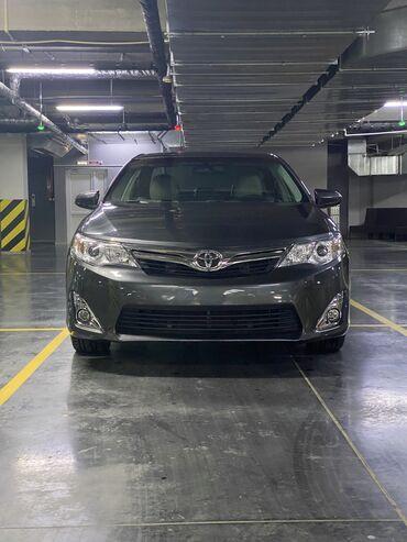 Toyota Camry 2.5 л. 2013 | 123 км