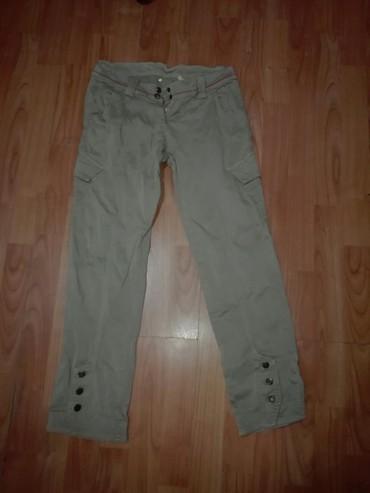 Original pantalone bez oštećenja nošene par puta vel 28 - Cuprija