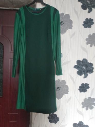 Платья в Чолпон-Ата: Платье(велюр+трикотаж)46р.200с