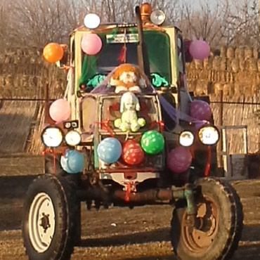 Horadiz şəhərində Юмз traktor bütün elektrik sistemi işləyir peçi ve