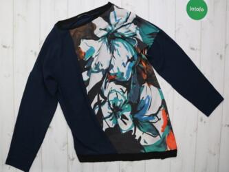 Женский свитер в цветы Zara,р.M       Длина: 70 см Плечи: 60 см Рукава