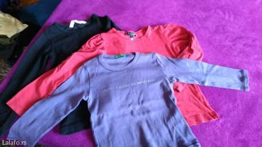 Kosuljica-i-bluzice-je - Srbija: 3 bluzice, sve su vel. 86/92, crna je h&m, crvena kappahl