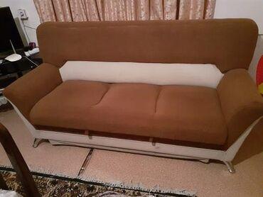 Satilir 250 manat bir divan iki kreslo acilir berk materiali var unvan