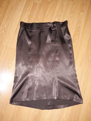 SNIZENJEEEE......Preslatka satenska suknja,duz.58 cm napred,67 cm - Smederevo