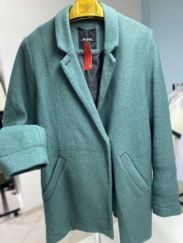 куплю пальто в Кыргызстан: Наличии пальто  Размер М