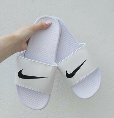 Od sada na stanju i bele Nike papuce🥰Brojevi od 41 do 46Kalupi su za