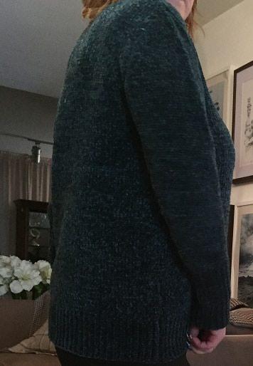Теплый пуловер размер 52-54 в Бишкек