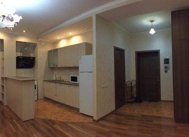 си в Кыргызстан: Сдается квартира: 3 комнаты, 100 кв. м, Бишкек