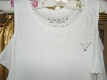 GUESS ORIGINAL sa golim ramenima S-MLepa majica od tankog rebrastog