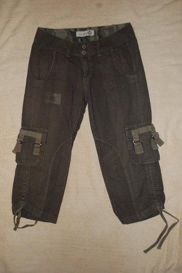 Pantalone 3/4 - Rasprodaja  Ženske pantalone 3/4 markirano, rasprodaja