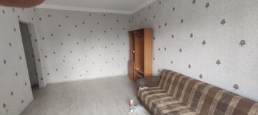 Долгосрочная аренда квартир - 1 комната - Бишкек: 1 комната, 300000000 кв. м С мебелью