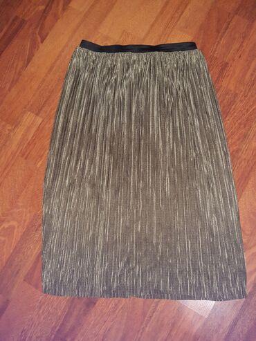 Plisirana suknja XL