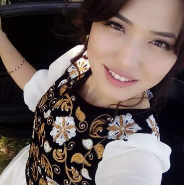 платье из королевского бархата в Кыргызстан: Продам своё платье! Состояние отличное.Было сшита по заказу от