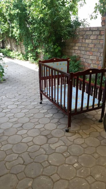 Продам детскую кроватку в отличном в Бишкек
