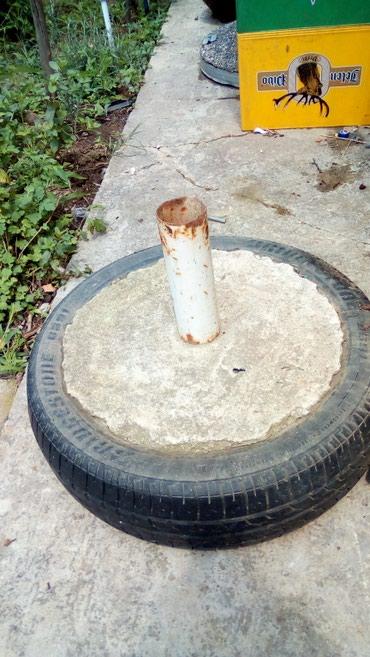 Mesalica za beton - Srbija: Postolja za velike suncobrane rucno radjena vrlo cvrsta guma armatura