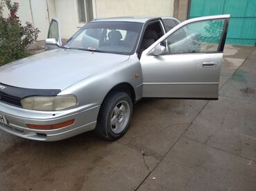 буква б кока кола in Кыргызстан | ДРУГИЕ АКСЕССУАРЫ: Toyota Camry 2.2 л. 1993