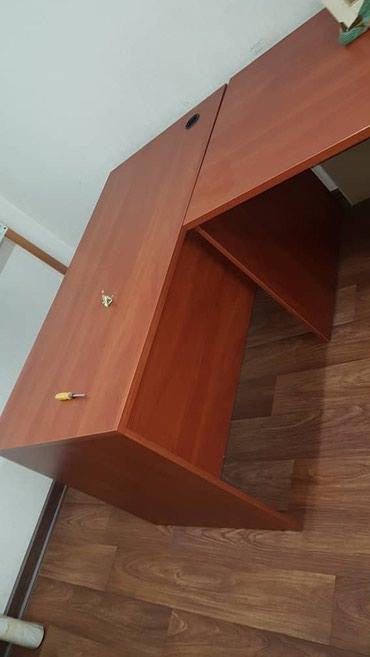Продаем офисные столы в очень хорошем в Бишкек