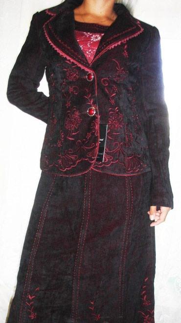 Новый костюм-тройка. Размер 42-44 в Бишкек