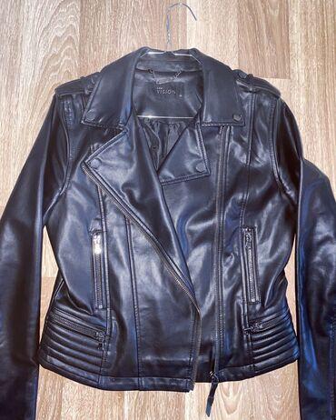 Lc Waikiki crna jaknica od veoma kvalitetne eko koze  Jaknica je nosen