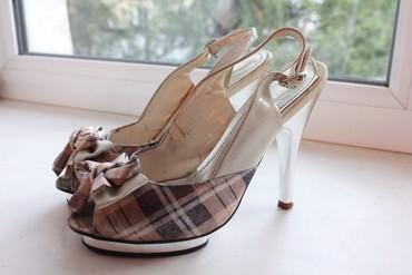 Туфли 34 размер, брали за 4000 сом. На в Бишкек
