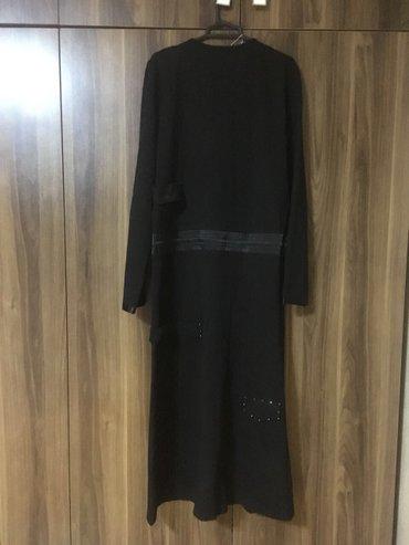 Bakı şəhərində Teze etiketli paltar. Firma malidi. Baha alinib,turkiyeden.