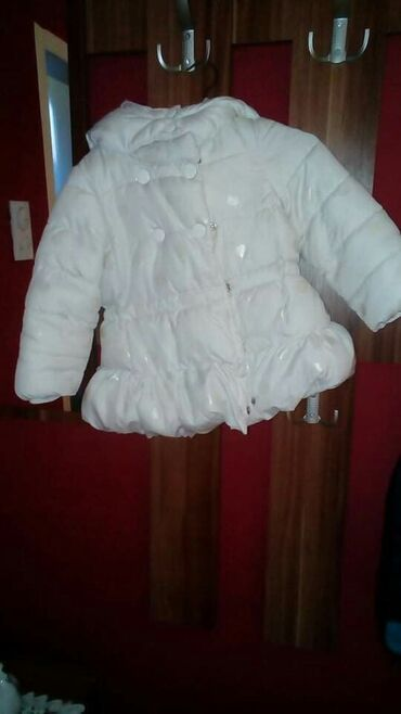Odlična jaknica, bez ostecenja Vel 2 500 din