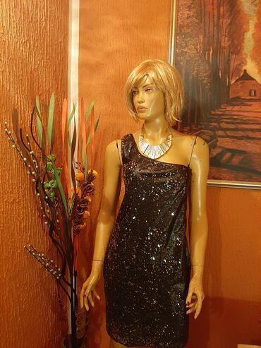 """350 oglasa: """"AMISU""""Prelepa svetlucava haljina na jedno rame'odlicno"""