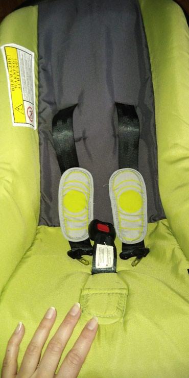 Bebi sedište bertoni od 0-13 kg, vrlo malo korišćeno u super - Nis