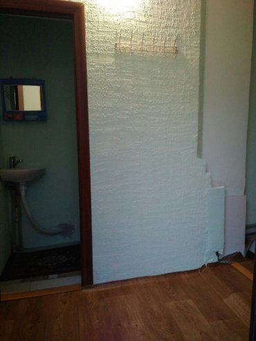 сдам тёплый дом с условиями!!! всего 1 комната... душ, санузел все удо в Бишкек