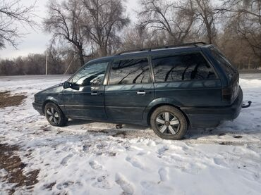 Анжелика мебель талас - Кыргызстан: Volkswagen Passat 1.8 л. 1991
