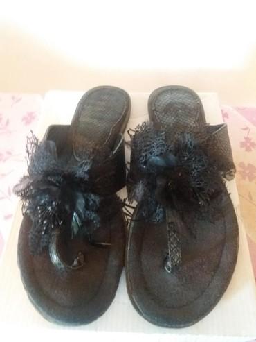 TOP PONUDA Preslatke papuce... Savrsene za kombinovanje.... cvet je - Mladenovac