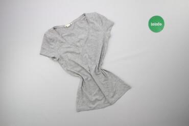 Жіноча базова футболка H&M, p. XS    Довжина: 56 см Ширина плечей
