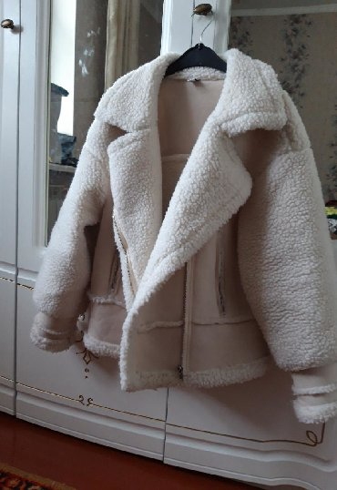 жён куртка в Кыргызстан: Продаю тедди дубленку новая размер 42-44 цена 3000 реальным клиентам