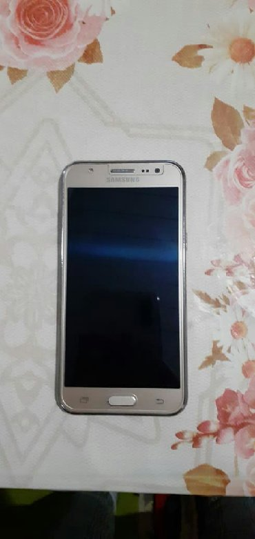 Samsung-6 - Азербайджан: Б/у Samsung Galaxy J5 8 ГБ Золотой